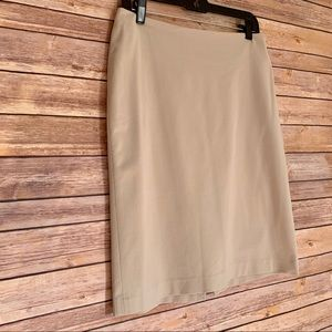 The Limited Stretch EUC pencil skirt size 10
